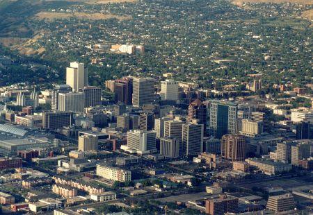 The capital city of Nigeria, Abuja, http://facet.dlastudenta.pl/