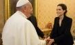 Angelina Jolie spotyka się z papieżem przy okazji pokazu filmu Niezłomny  - Zdjęcie nr 2