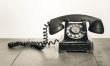 Telefon wynaleziony w 1876 r. osiągnął 300 milionów użytkowników po 104 latach. Telefon komórkowy po 25 latach. Skype potrzebował tylko 10 lat.