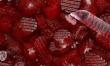 Po zjedzeniu buraków kolor moczu może mieć zabarwienie...różowe. To przez fakt, że niektóre składniki z buraków nie zostają strawione