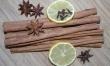 Barszcz z suszoną śliwką i cynamonem