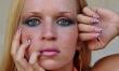 Sztuczny makijaż