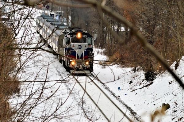 Komunikacja miejska i pociągi