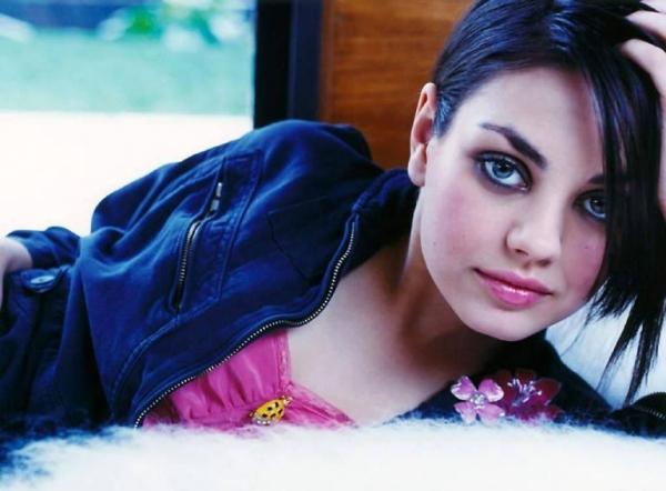 Mila Kunis  - Zdjęcie nr 3