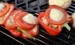 Papryki faszerowane z serem i pomidorem