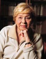 Zofia Kucówna prezentuje świat poetycki Małgorzaty Hillar