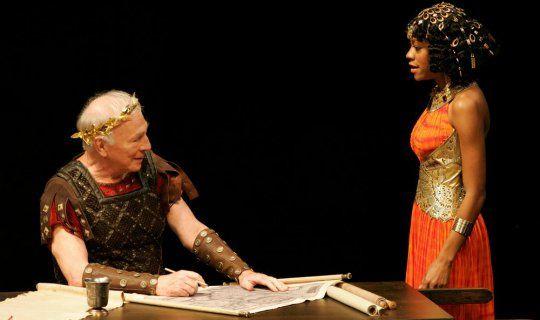 """Spektakl """"Cezar i Kleopatra"""" w KNH"""