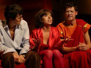 """""""Pecunia non olet?"""" w Teatrze Syrena"""