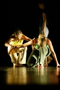 Letnie warsztaty tańca współczesnego