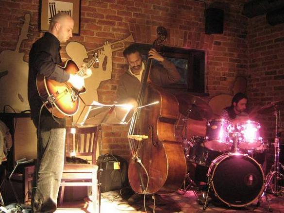 Maciek Czemplik Trio  Jam Session