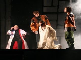 """""""Mistrz i Małgorzata"""" w Teatrze Jaracza"""