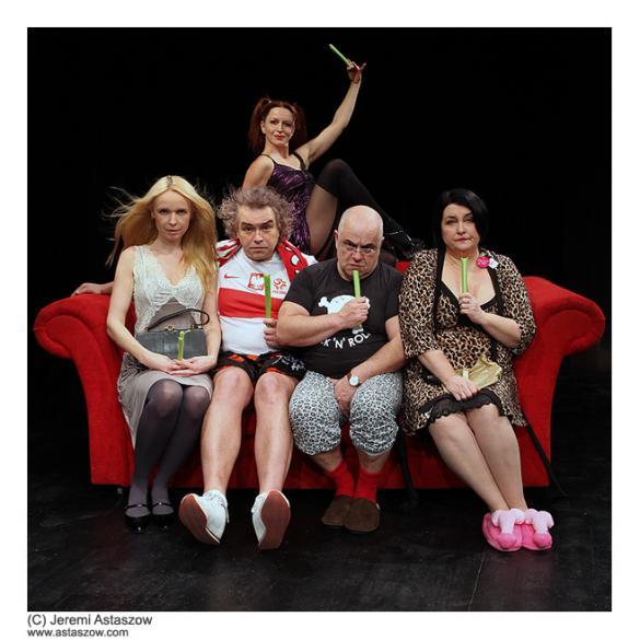 """""""Swing"""" Abelarda Gizy w Teatrze Korez"""