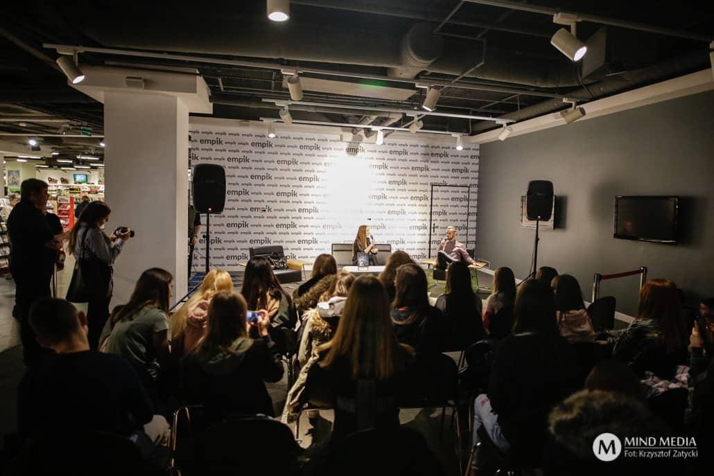 Angelika Mucha - littlemooonster96 spotkanie z fanami we Wrocławiu