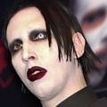 Szokuj�ce zachowanie Marilyna Mansona na koncercie! Musicie to zobaczy� [WIDEO] - marilyn  manson koncert, marilyn manson teledysk