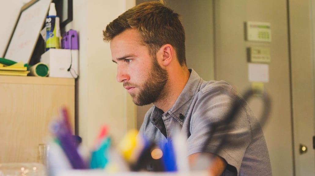 Praca dla m�odych? Zobaczcie, co uniemo�liwia znalezienie pracy studentom [WIDEO] - oferty pracy, praca na zlecenie, praca dla studenta, praca dla m�odych