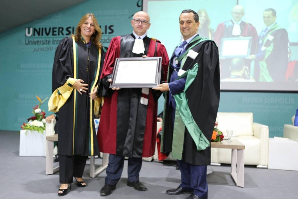 Uroczystość nadania tytułu odbyła się podczas inauguracji roku akademickiego w Universiapolis.