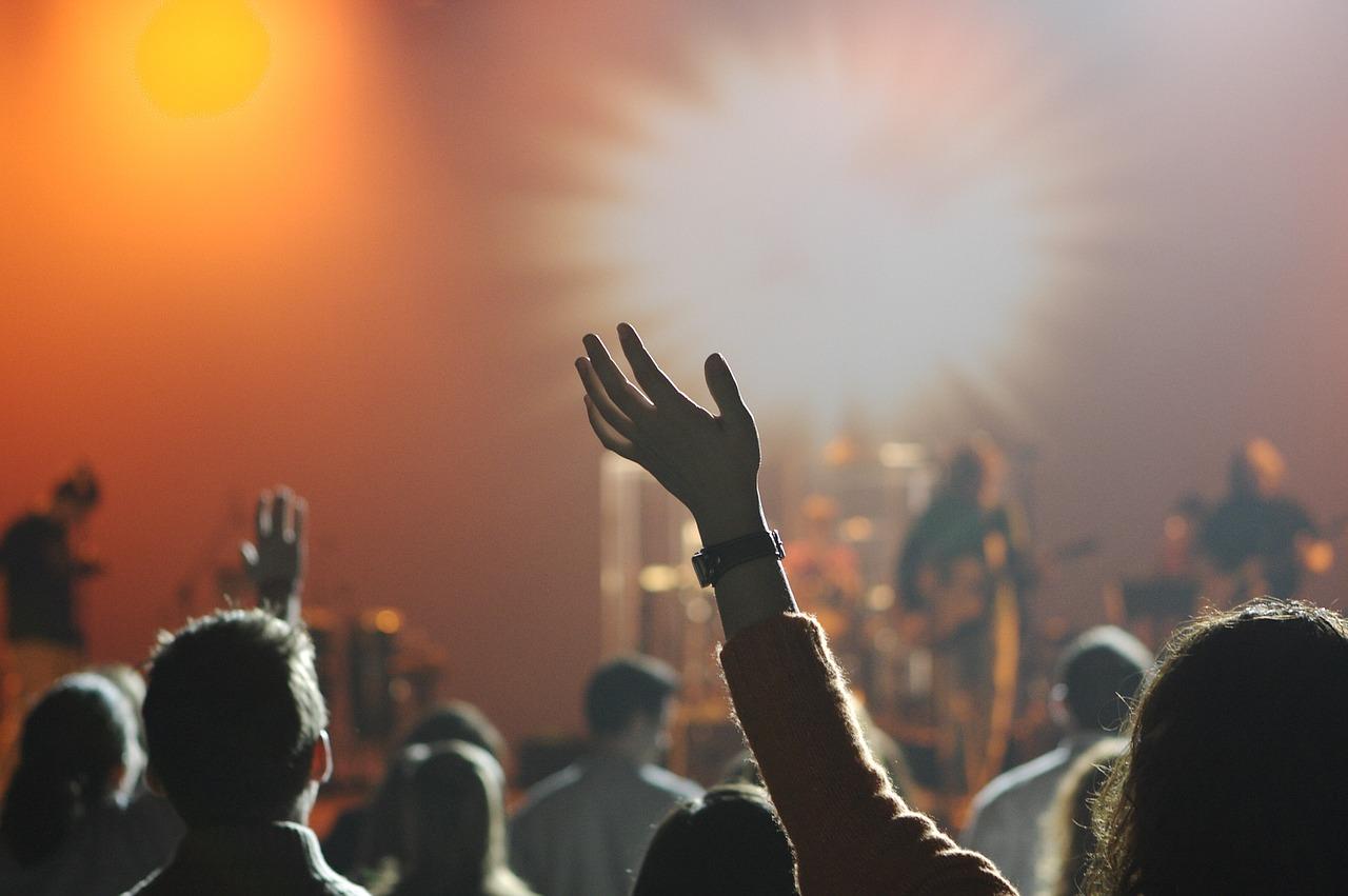 Mobilne kontenery mogą być pomocne podczas koncertu sylwestrowego.