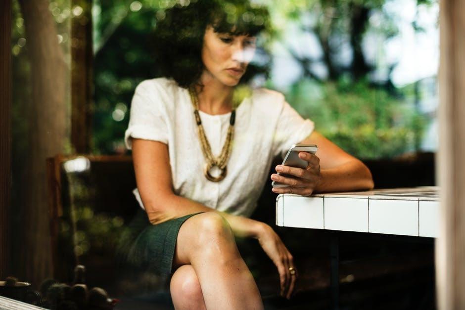 Trudne tematy, o których kobiety nie rozmawiają