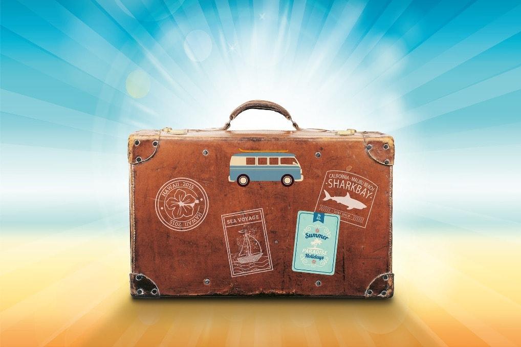 Gadżety, które warto ze sobą zabrać na wakacje