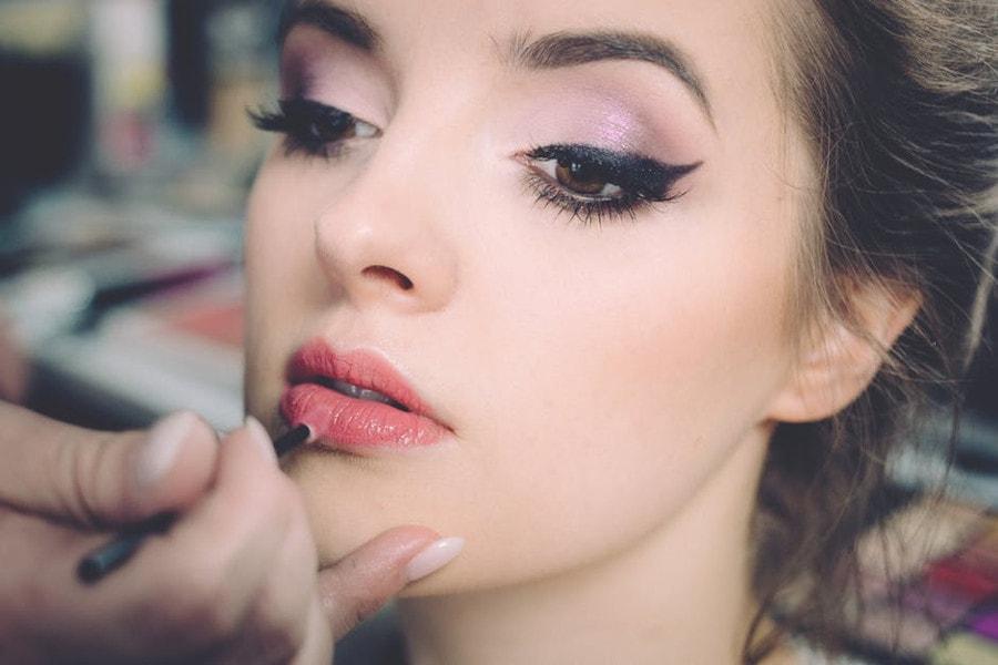 Idealny makijaż na sylwestra