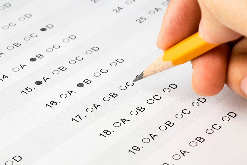 Zobacz, jak uczniowie komentują poziom trudności próbnych matur!