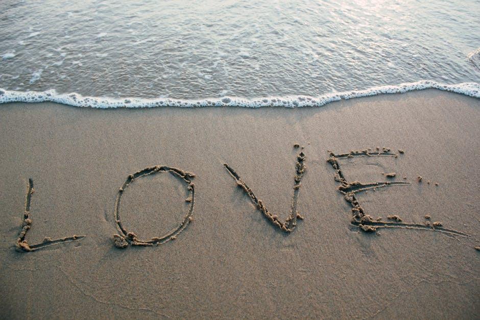 miłość na plaży