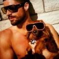 Seksowni faceci z psiakami - nowa moda na Instagramie [ZDJ�CIA] - hot dudes with dogs seskowni faceci z psami przystojniacy psy instagram