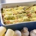 W�oskie cannelloni ze szpinakiem, zapiekane ��tym serem - cannelloni ze szpinakiem przepi w�oska kuchnia przepisy cannelloni zapiekane serem