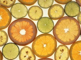 Świeża na wiosnę! Poznaj 5 produktów oczyszczających organizm - dieta oczyszczająca, sposoby na przyspieszenie metabolizmu, detoks na wiosnę