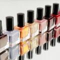 Lakier przebarwi� twoje paznokcie? Sprawd� jak przywr�ci� im zdrowy kolor! - przebarwione paznokcie, ��lte paznokcie, jak wybieli� paznokcie