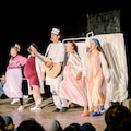 """Przyjdź na """"Porodówkę"""" do Teatru XL - Teatr XL na PGE Narodowym w Warszawie, premiery teatralne, spektakle teatralne"""