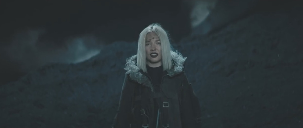 Natalia Nykiel - Total Blekit