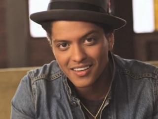 Bruno Mars (Peter Gene Hernandez)