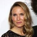 Co si� sta�o z twarz� Renee Zellweger?  - renee zellweger, nowa twarz, operacje plastyczne, bridget jones