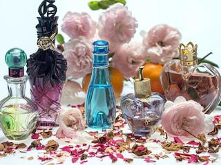 Jak wybrać perfumy idealne? - jak dobrać perfumy do osobowości, perfumy a osobowość, jak kupować perfumy