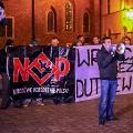 Garstka narodowc�w na Rynku. Protestowali przeciwko Dutkiewiczowi - Protest przeciwko polityce w�adz miasta, narodowcy wroc�aw