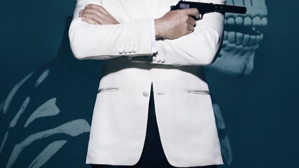 """Bond i kościotrup na nowym plakacie """"Spectre"""""""