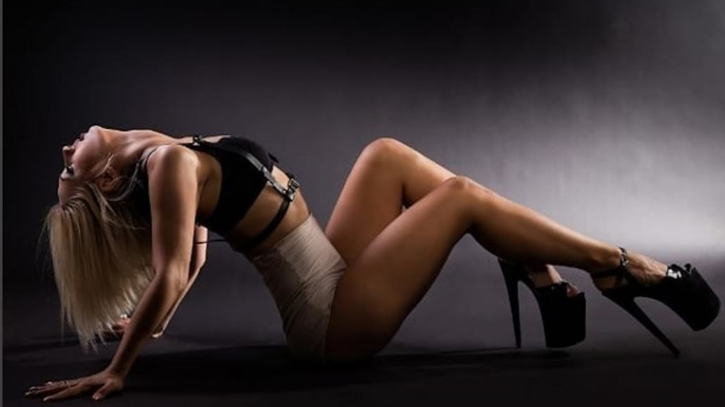 Antonina Goloseev - seksowna tancerka pole dance, która podbiła