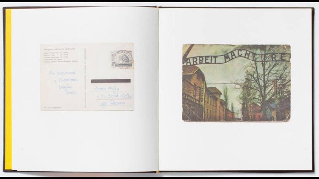 """""""Pozdrowienia z Auschwitz"""" pełne pocztówek z obozu"""