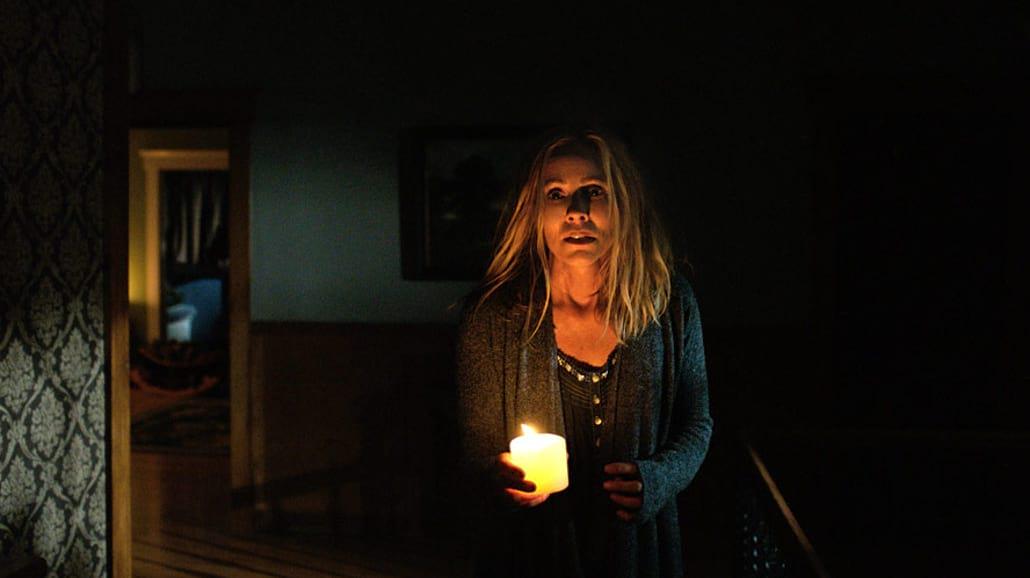 Kiedy gasną światła - śmierć czai się w mroku [RECENZJA]