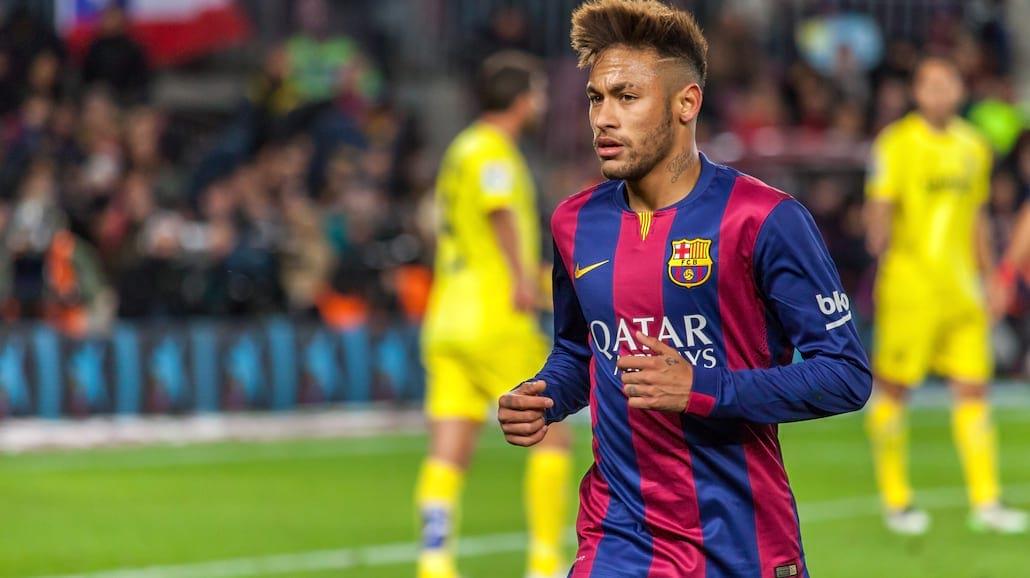 Neymar. Czarodziej futbolu - poznaj biografię piłkarskiego idola