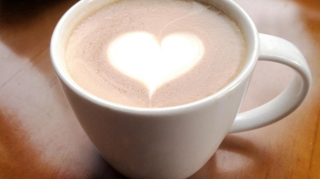 Jak usunąć plamę z kawy?