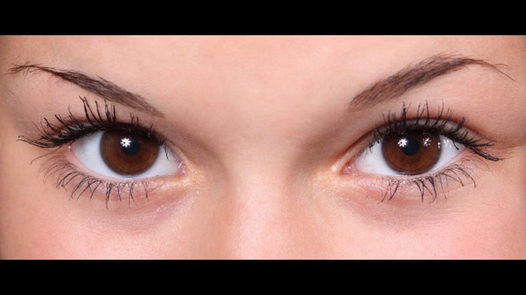 10 sposobów na worki i cienie pod oczami