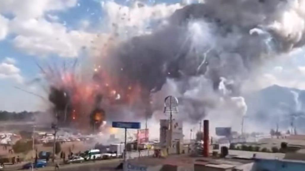 Olbrzymi wybuch w Meksyku! Kilkadziesiąt osób zginęło. Nagranie z potężnej eksplozji [WIDEO]