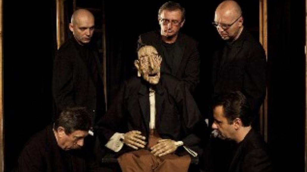 Śmieszny staruszek we Wrocławskim Teatrze Lalek