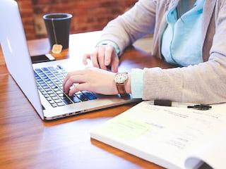 Informatyk w akcji, czyli plusy i minusy branży IT - praca, rozwój, kariera, korporacja