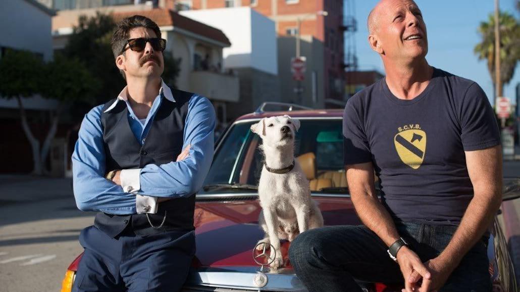 Nie zadzieraj z psem Bruce'a Willisa! Wybuchowa komedia niebawem w kinach [WIDEO]