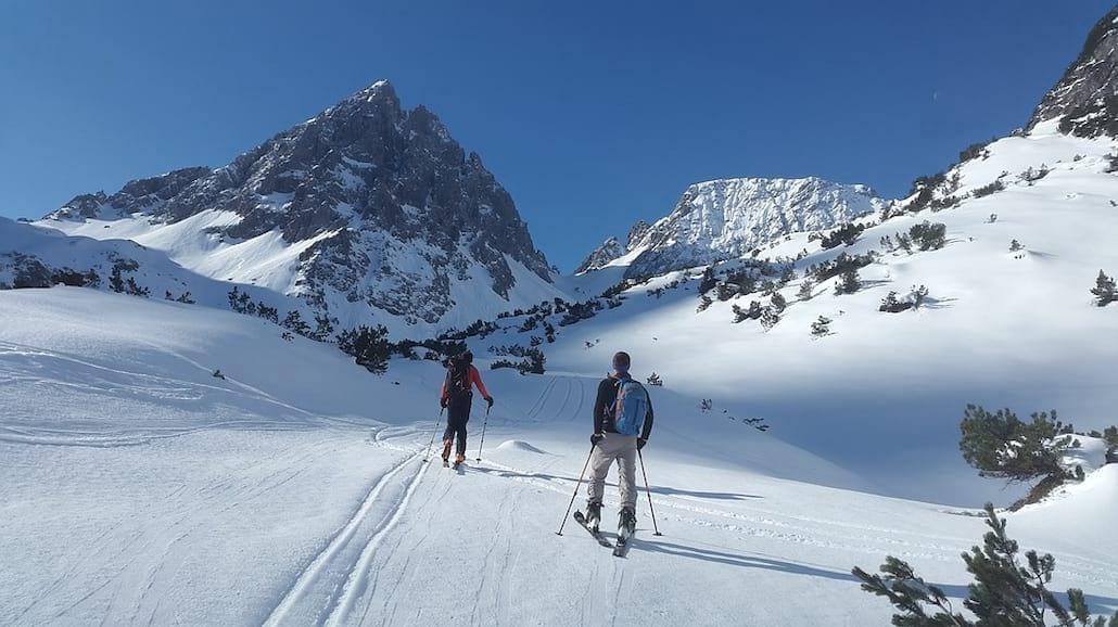 Jak zacząć przygodę z jazdą na nartach [PORADNIK]