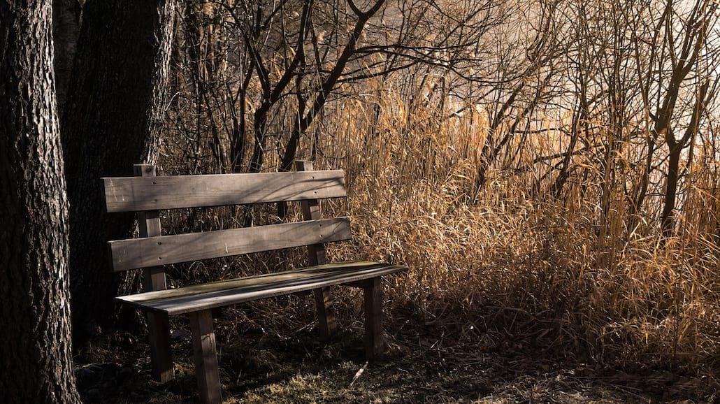 7 sposobów na poradzenie sobie z jesienną depresją