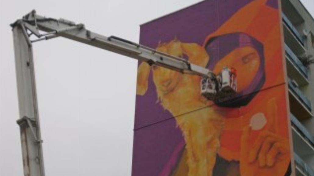 Galeria Urban Forms: powstaje mural przy Winnej